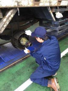 ブレーキライニングの取付整備を体験